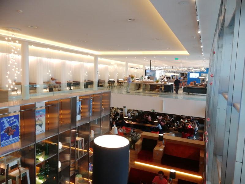 AMS KLMCrown OverviewSuperior - AMS | Novo KLM Crown Lounge Non-Schengen no Aeroporto Schiphol de Amsterdam