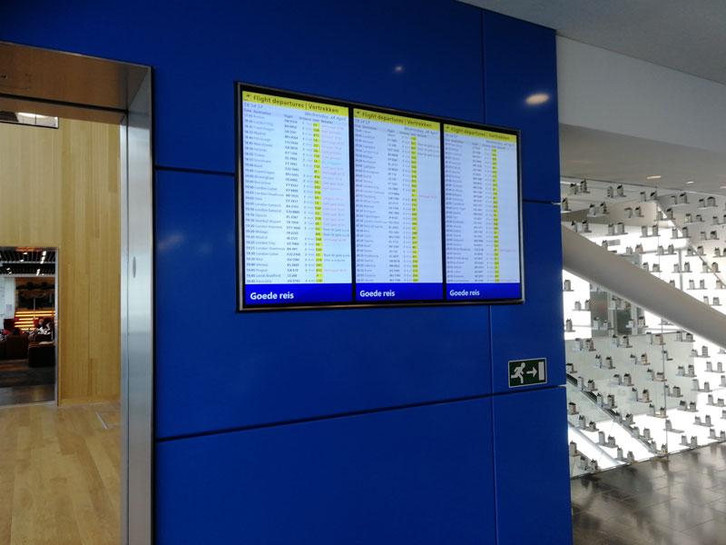 AMS KLMCrown PaineisdeVoo - AMS | Novo KLM Crown Lounge Non-Schengen no Aeroporto Schiphol de Amsterdam
