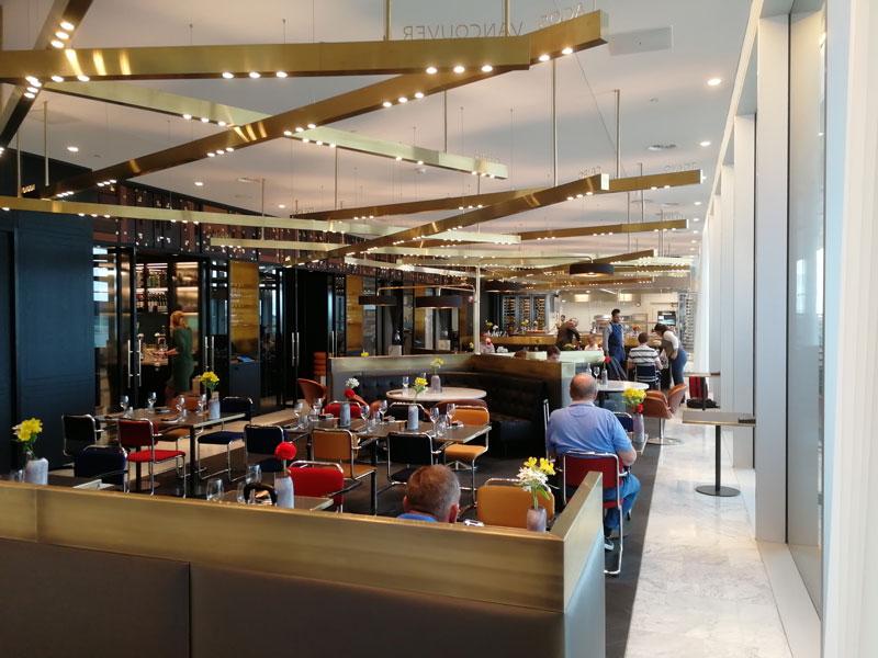 AMS KLMCrown Restaurante - AMS | Novo KLM Crown Lounge Non-Schengen no Aeroporto Schiphol de Amsterdam
