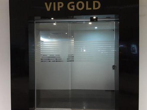 ASU1 001 MinhasalaVIP - ASU – VIP Gold Lounge Aeropuerto Internacional Silvio Pettirossi Asuncion