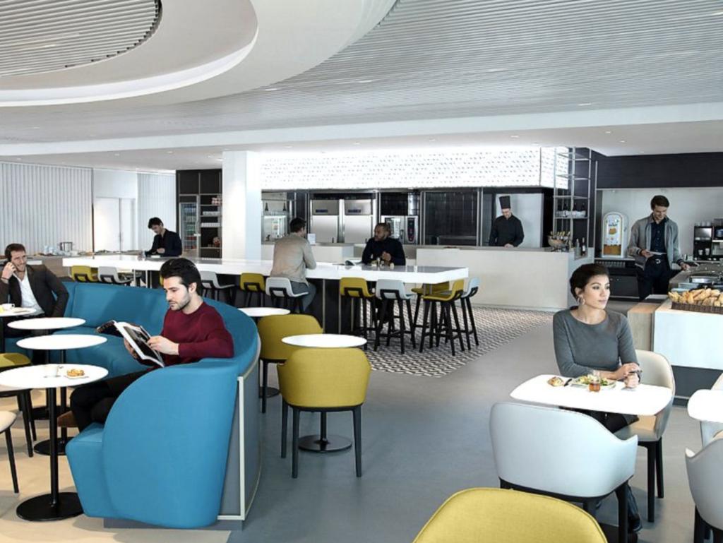 CDG AirFrance DiningArea MinhaSalaVIP 1024x769 - CDG | Air France reinaugura Business Class Lounge no principal aeroporto de Paris