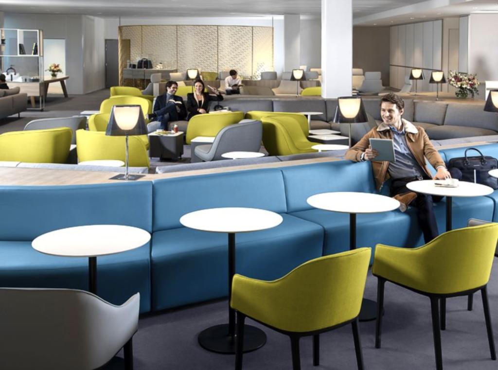 CDG AirFrance MainArea MinhaSalaVIP 1024x761 - CDG | Air France reinaugura Business Class Lounge no principal aeroporto de Paris