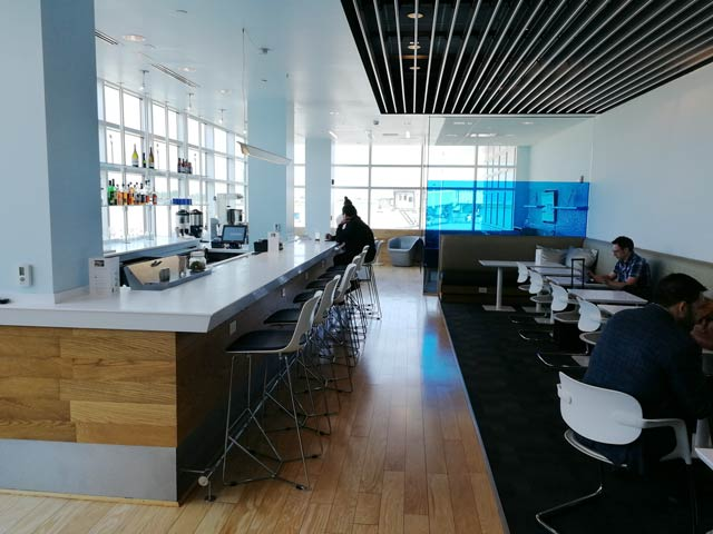 CLE Airspace Overview - CLE   Airspace Lounge no Aeroporto Cleveland Hopkins Internacional