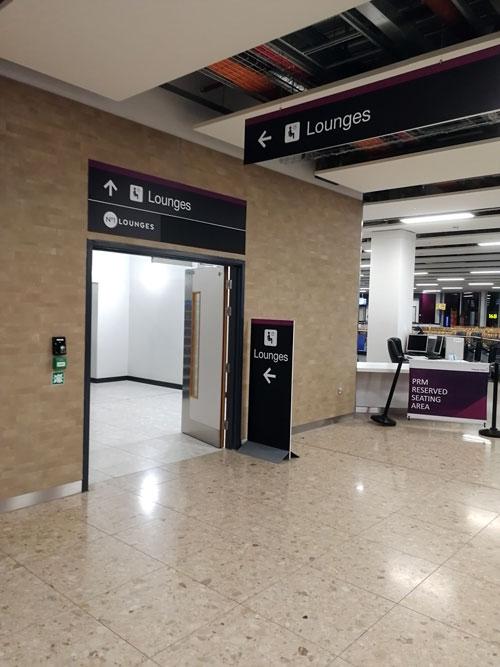EDI no1lounge sinalizacao - EDI | Novo No1 Lounge no Aeroporto de Edinburgh na Escócia