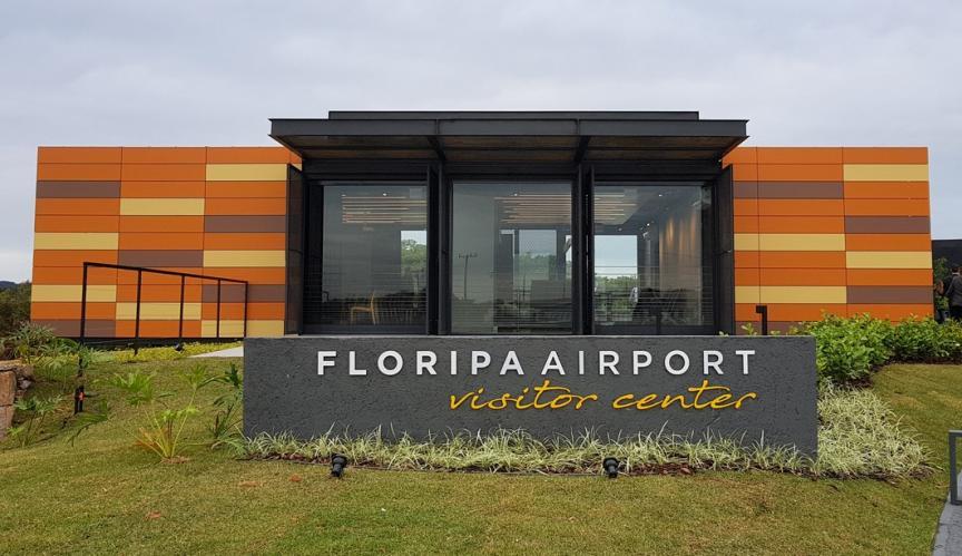 FLN FloripaAirport quiosque - FLN | Floripa Airport surpreende e anuncia Sala VIP ainda no terminal antigo