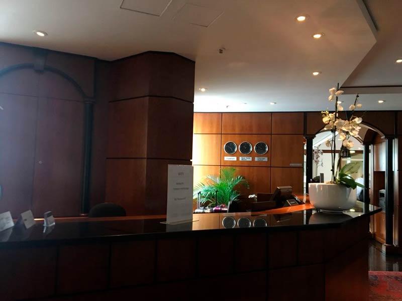 FRA Luxx Recepcao - FRA | Luxx Lounge no Frankfurt Airport