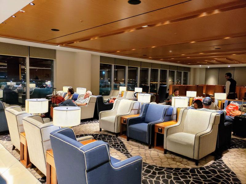 GIG PlazaINTL pisoview - GIG | Plaza Premium Lounge Internacional no Aeroporto RIOGaleão