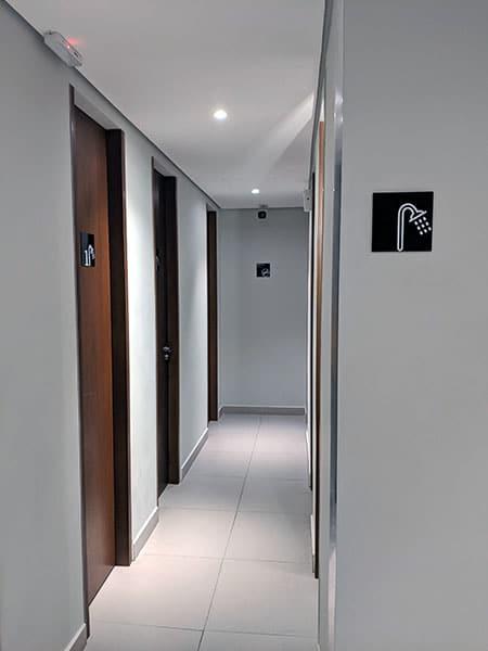 GRU amexlounge banheiros - GRU | American Express Lounge no Aeroporto de Guarulhos