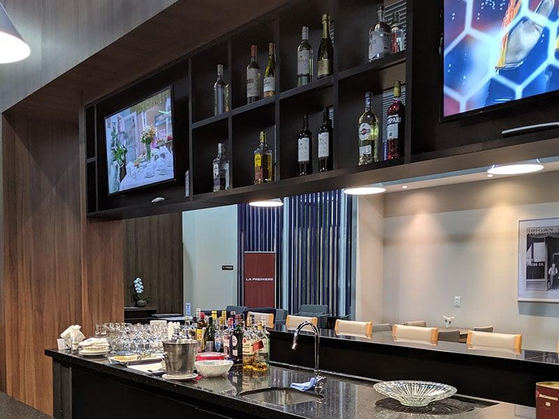 GRU amexlounge bar - GRU | American Express Lounge no Aeroporto de Guarulhos