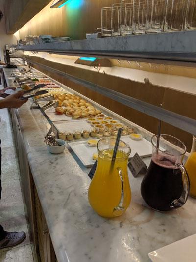 GRU Latam Snacks - GRU | Latam VIP Lounge no Aeroporto de Guarulhos