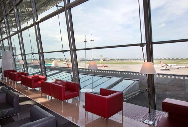 HAM AirportLounge Window - HAM | Airport Lounge no Aeroporto Fuhlsbuettel em Hamburgo, na Alemanha