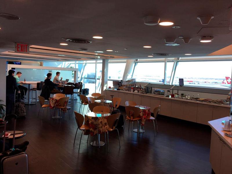 JFK Wingtips Ambiente MinhaSalaVIP - JFK – Wingtips Lounge Terminal 4 Nova Iorque