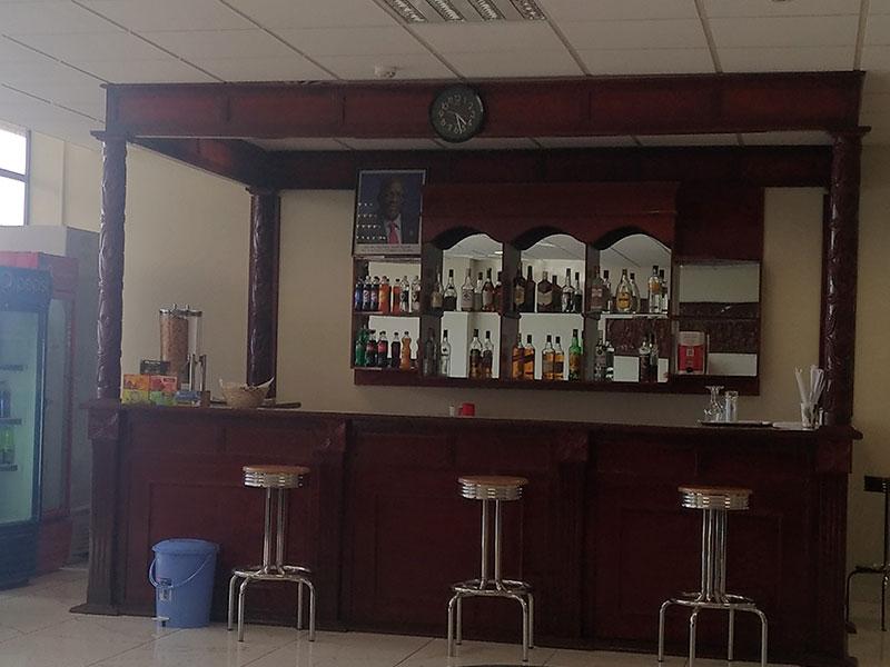 JRO bar MinhaSalaVIP - JRO | Tanzanite Lounge Kilimanjaro Airport