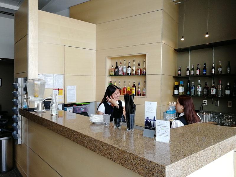 LAS TheClub bar - LAS | The Club Terminal 1 no Aeroporto de Las Vegas