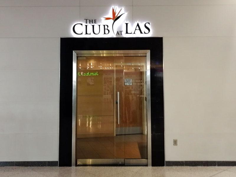 LAS TheClub porta - LAS | The Club Terminal 1 no Aeroporto de Las Vegas