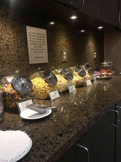 LAS TheClub snacks23 - LAS | The Club Terminal 1 no Aeroporto de Las Vegas