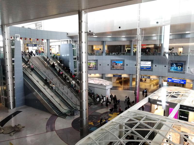 LAS TheClub vista - LAS | The Club Terminal 1 no Aeroporto de Las Vegas