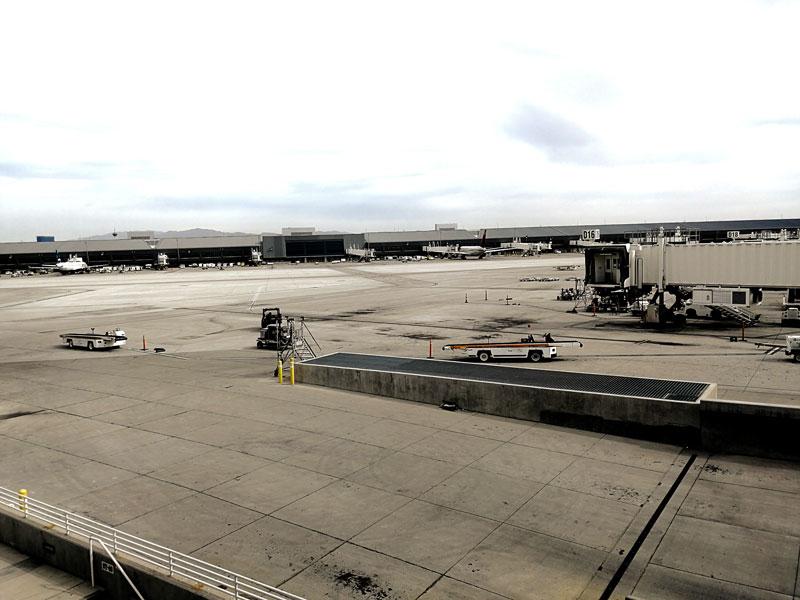 LAS TheClub vistapatio - LAS | The Club Terminal 1 no Aeroporto de Las Vegas