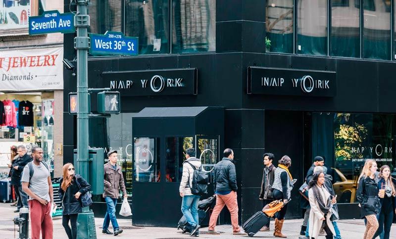 NYC NapYork Fachada2 - NYC | Um lounge no coração de Nova Iorque. Conheça o Nap York