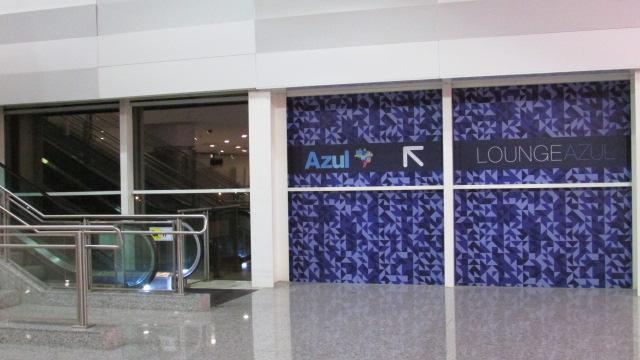 VCP Azul EscadaRolante - VCP | Lounge Azul Aeroporto de Viracopos em Campinas